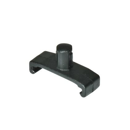 Socket clips